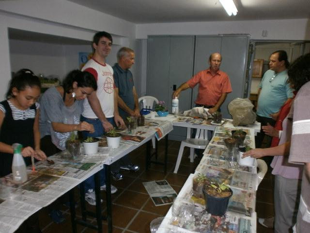 3primeira-oficina-de-horta-caseira-maio2012-138